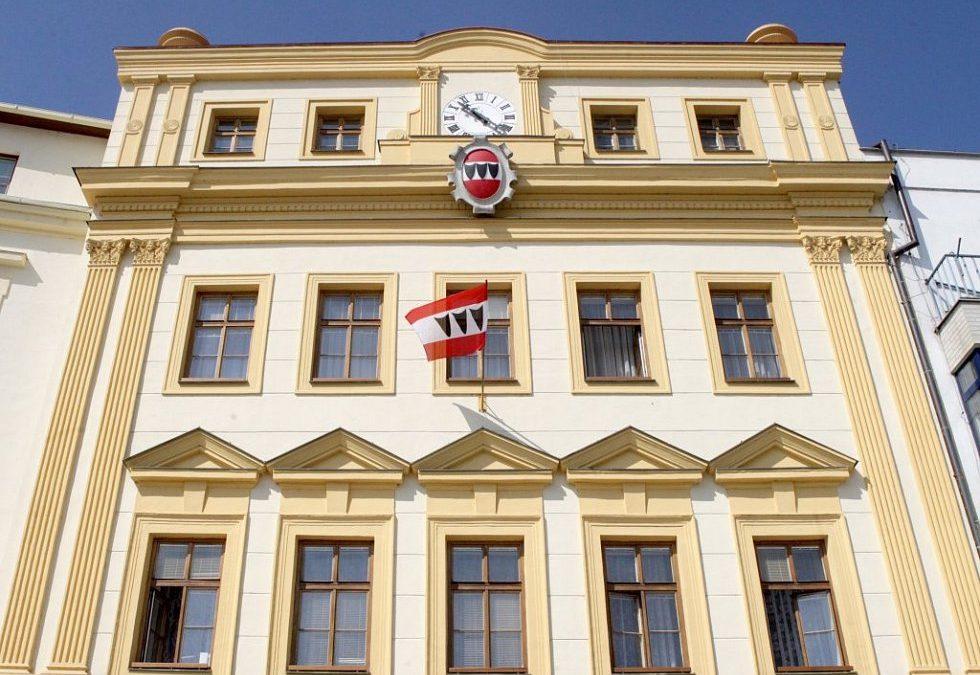 Úřad potvrdil 1,5 milionovou pokutu pro Třebíč za zakázku na MAD