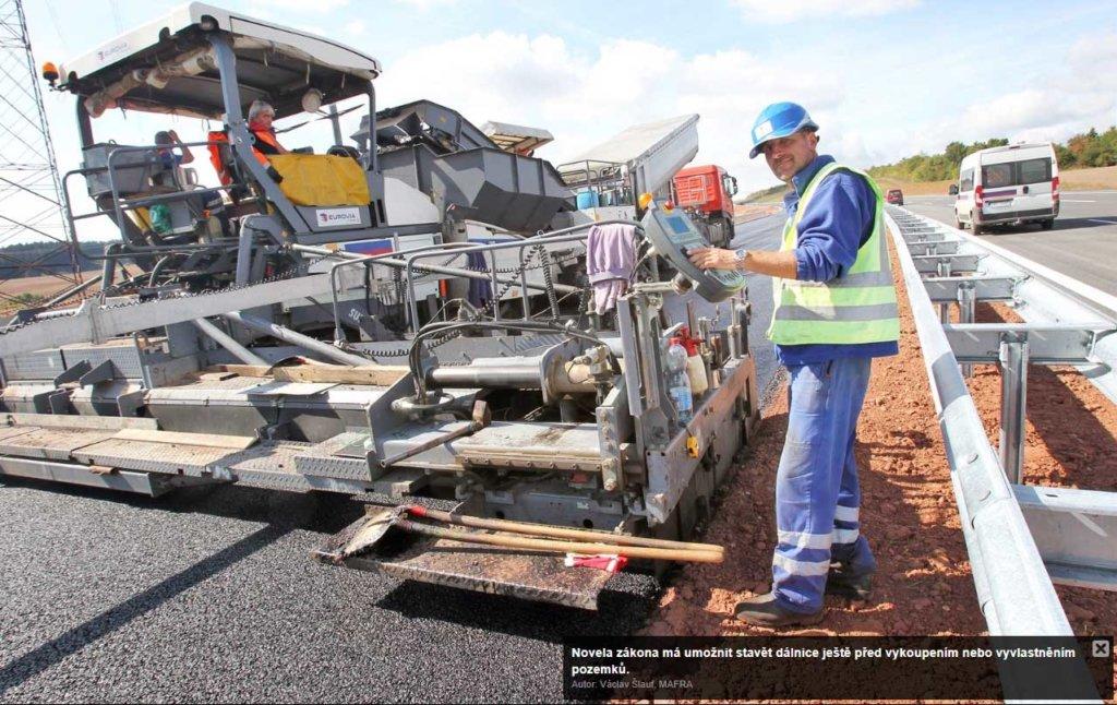 Novela zákona má umožnit stavět dálnice ještě před vykoupením nebo vyvlastněním pozemků