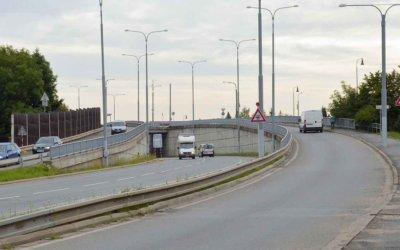 Most u nemocnice je v havarijním stavu. Bude částečně zavřený