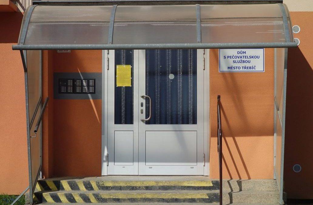 Prosadili jsme modernizaci a opravu pečovatelských domů