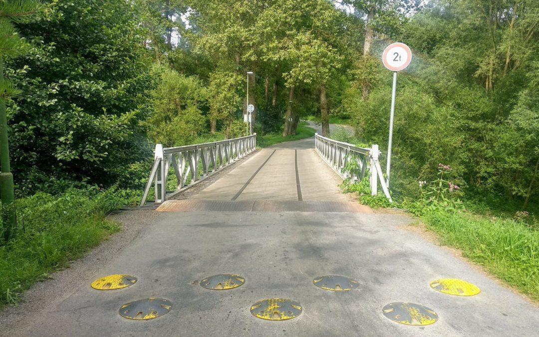 Vedení města chce stavět nový most v Poušově. Opět bude jednopruhový, proč?
