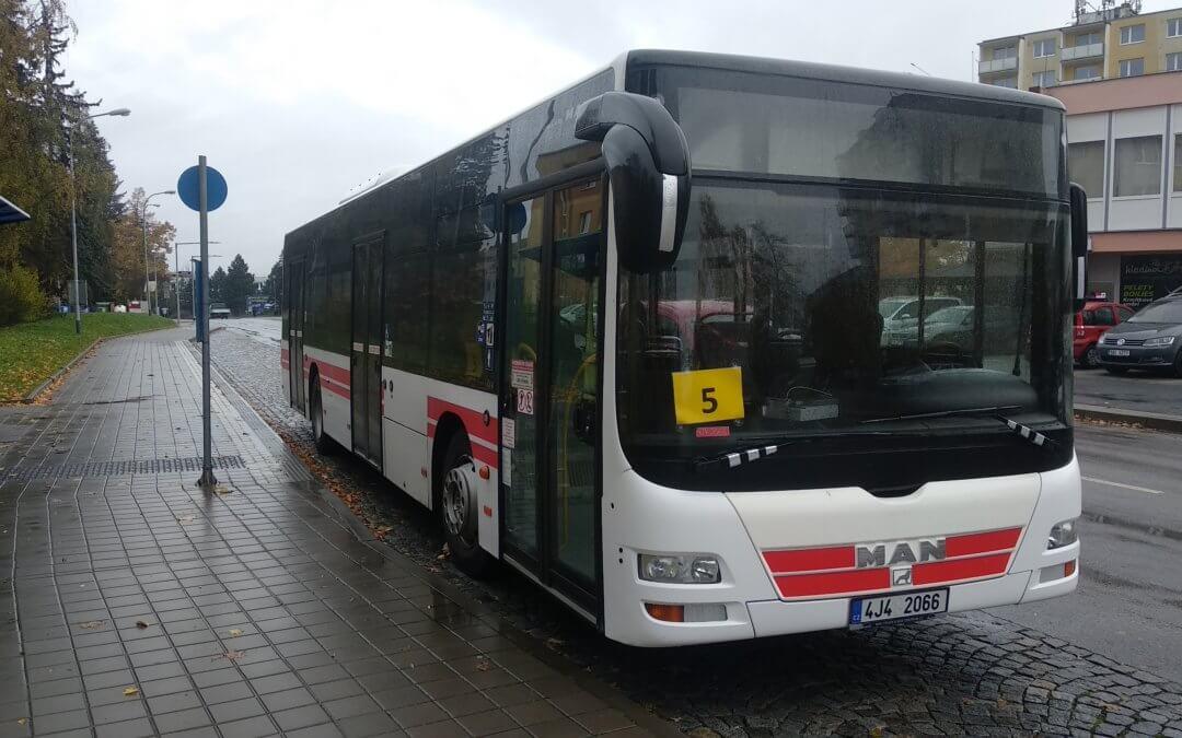 Dopravce ICOM transport opět porušuje smlouvu na provoz MHD