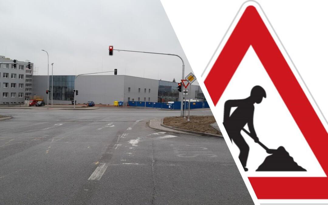 Problémy s dopravním značením radnice neřeší